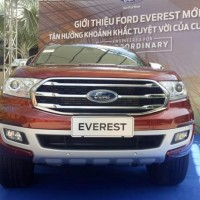 ford-everest-2019-moi-mau-do-3-798x466