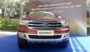 Ford Everest 4x2AT tubo